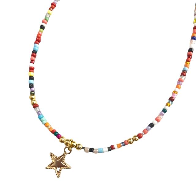 Collar en Acero Dorado Mostacillas Multicolor Dije Estrella